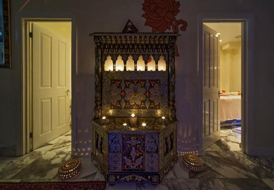 Casa Spa : The Foyer