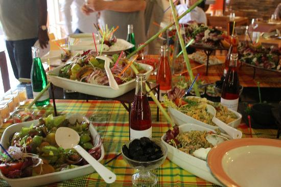 Ibis Hyeres Plage Thalassa: buffet du vendredi soir ; entrée