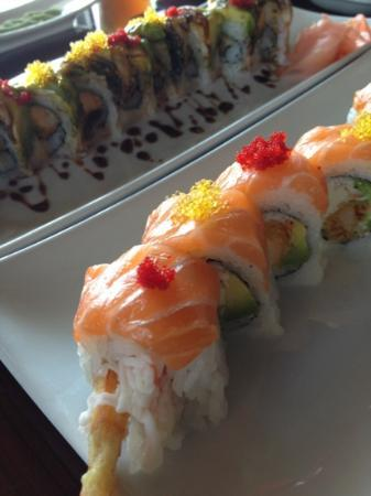 Sushi Express: sumo roll and tiger roll