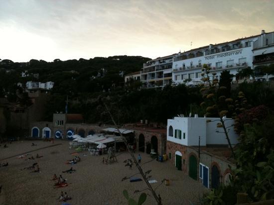 Hotel Mediterrani: de la plage