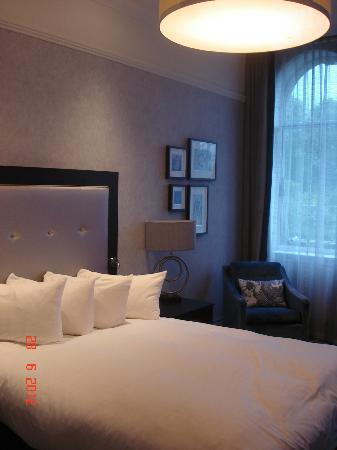 Hilton Glasgow Grosvenor Hotel: Bed