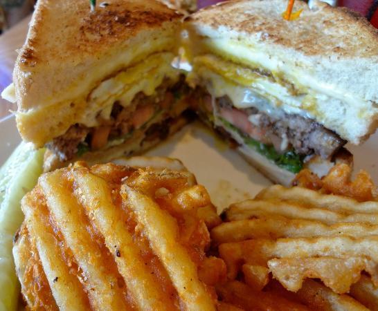 Nalu Hawaiian Surf Bar & Grille: Ono Burger - massive
