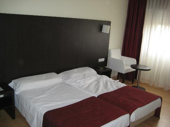 Hotel Santiago Apóstol : Habitacion, antes de dejarla