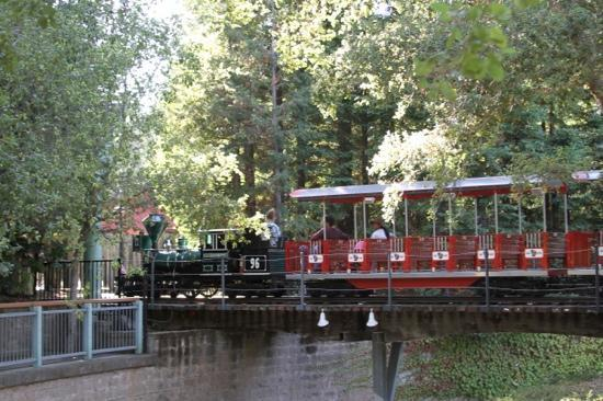 Gilroy Gardens Family Theme Park: Fun Train Ride