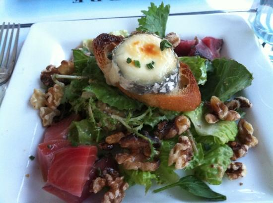 Left Bank Cafe: roasted beet and goat cheese salad