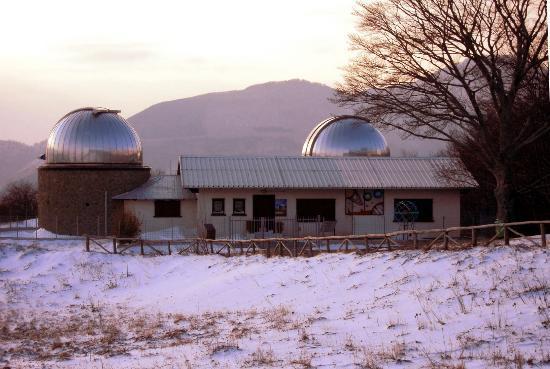 Osservatorio Astronomico Montagna Pistoiese: L'osservatorio con la neve
