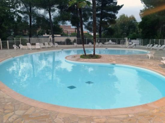Belambra Clubs - Les Jasmins: Une des 4 piscines
