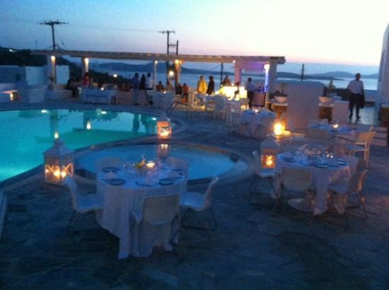 En Lefko Prive Suites: diner