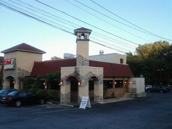 Soffritto Italian Grill Restaurant: entrance of the restaurant
