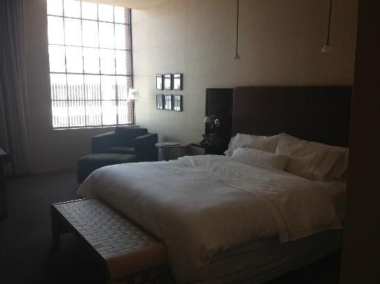 ذا ويستن سانت لويس: King size bed 