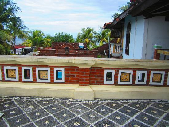 Mandhara Chico: Balcony