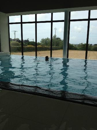 Logis De La Butte: The infinity pool