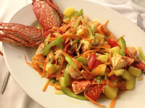 Ristorante Mare - Artigiani del Pesce: Lobster catalan style- must be ordered!