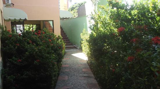 Pousada Jardim das Flores: acesso aos quartos