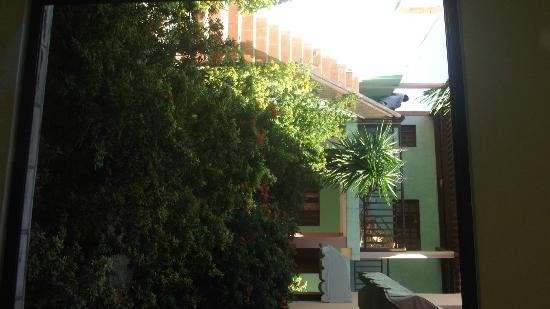 Pousada Jardim das Flores: vista da frente dos quartos