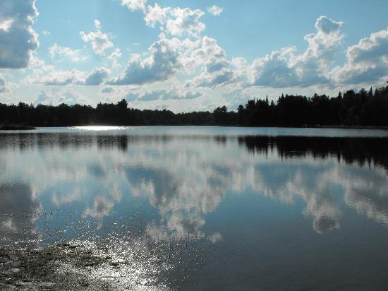 Le Provincialart: le lac