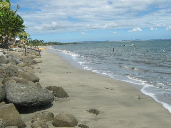 Wyndham Resort Denarau Island: The beach in front of Worldmark