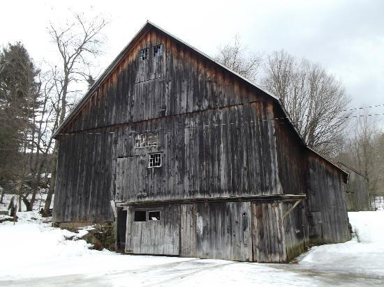 Royalton B&B: Old Barn