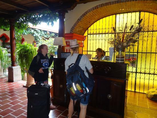 Posada Los Bucaros: Reception