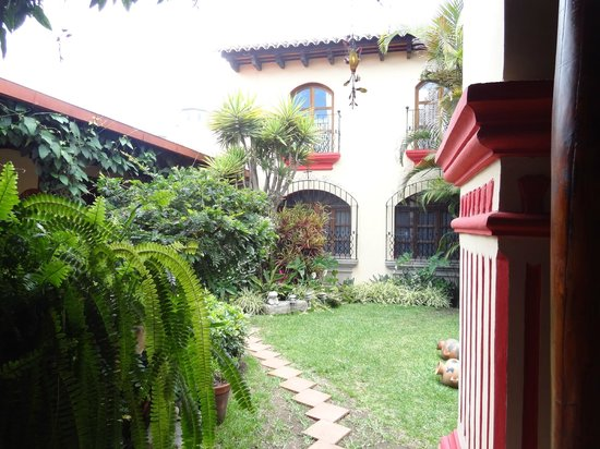 Posada Los Bucaros: Beautiful courtyard