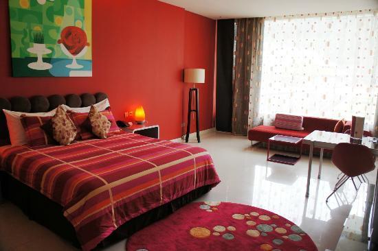 Mikie Holiday Resort: Perhatikan pilihan warnya