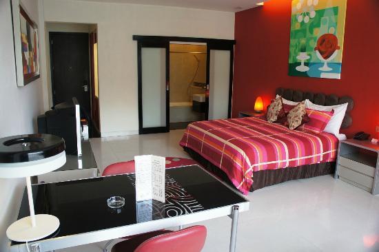 Mikie Holiday Resort: Suasana kamar yang hangat