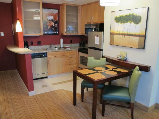 Residence Inn Duluth: One Bedroom Suite - Kitchen