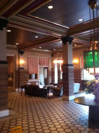 Crowne Plaza Hotel Pensacola Grand: lobby