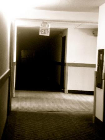 The Hannibal Inn and Conference Center : The Hallway of Doom