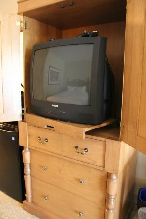 St. Eugene Golf Resort & Casino: old TV