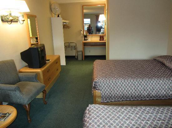 Mountaineer Lodge: Standard Room