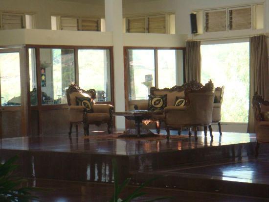 Aranya Village Hill Resort: Reception