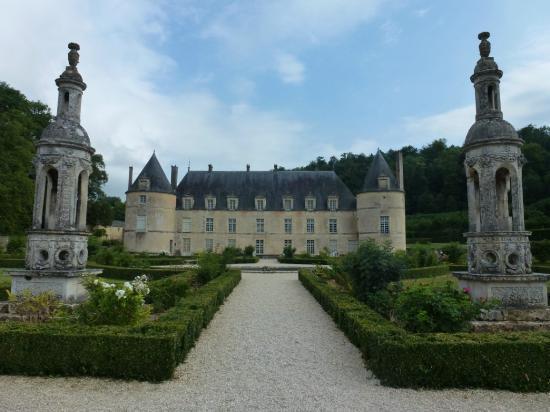 Château de Bussy-Rabutin : Le derrière