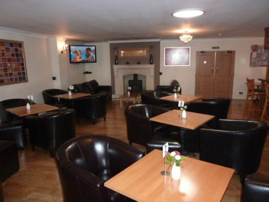 Exeter Court Hotel: Lounge / Bar area