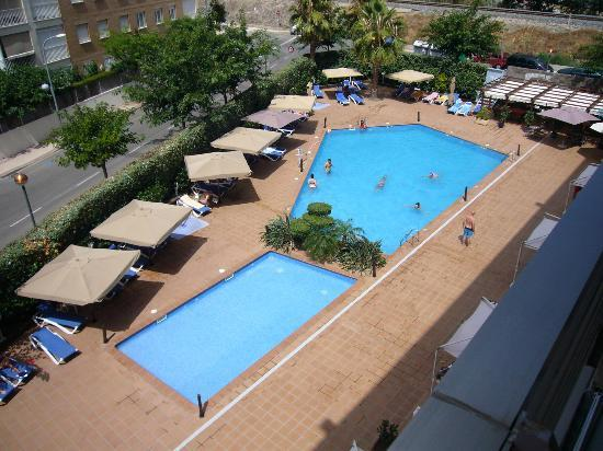 zona piscinas picture of tryp port cambrils cambrils