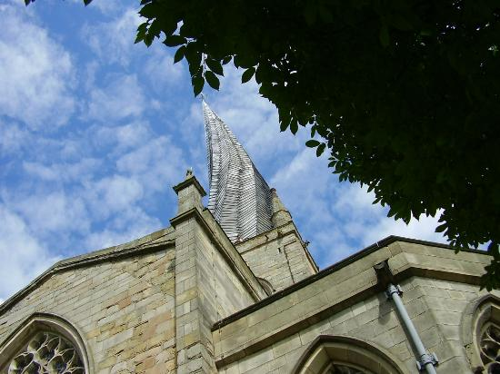 Chesterfield Parish Church/Crooked Spire: Thats more like it!