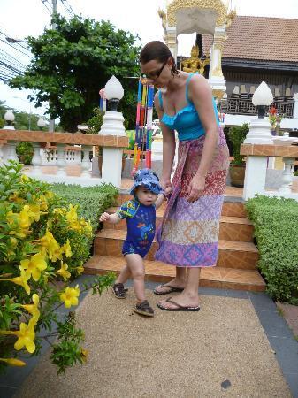 Jomtien Garden Hotel & Resort: front of hotel