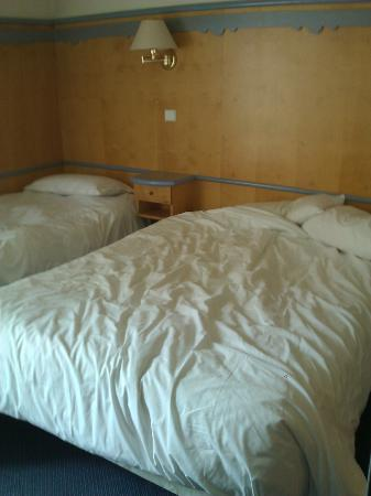 Hotel Agora: Literie
