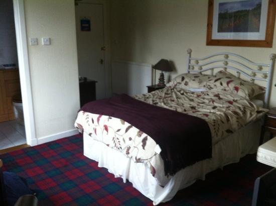 Moraydale Guest House: the photo does'nt do it justice.