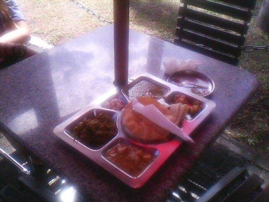 Mystic Masala: Plateau repas végétarien
