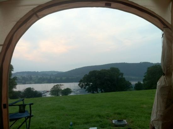 Cross Dormont Camping & Caravans : the view to die for!
