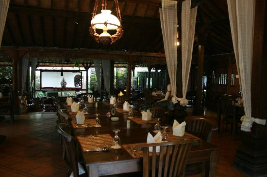 Joglo Plawang Boutique Villa: Dining Area