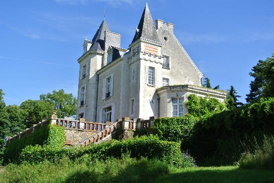 Chateau de la Villaine: From a distance
