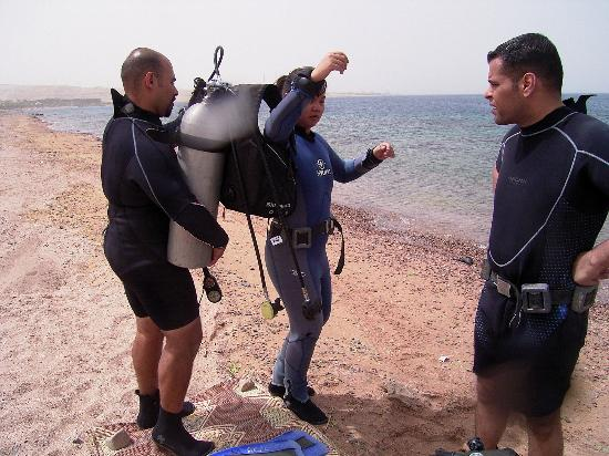 Arab Divers: during course 6