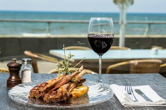 Boya: Grilled lamb chops by the sea