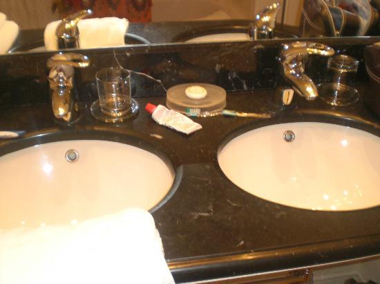 Hotel Grodek: Bathroom 2
