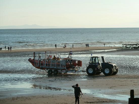 St. Bees, UK: bringing the lifeboat back in