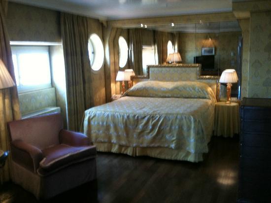 Bauer Palazzo: bedroom big