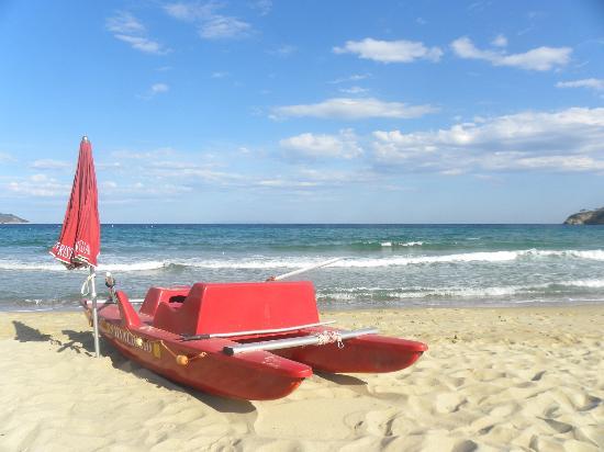 Hotel Casa Rosa: La spiaggia della Biodola