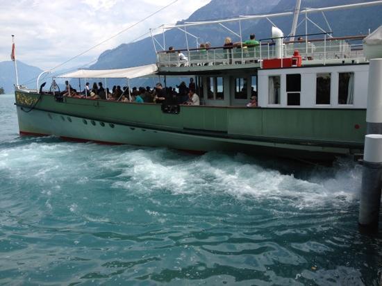 Hotel Seeburg: arrivée en bateau vapeur